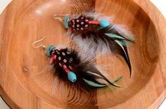 Retrouvez cet article dans ma boutique Etsy https://www.etsy.com/fr/listing/274091556/boucles-doreilles-plumes-imala-ethnic