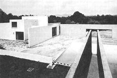 Cuadra San Cristóbal, Calle Manantial Oriente, Los Clubes, Atizapán de Zaragoza, México 1968  Arq. Luis Barragán -  San Cristobal Square, Los Clubes, Estado de Mexico, Mexico 1968