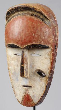 Masque Vuvi  Gabon mask  Art Africain  Art Tribal www.tribalart.be