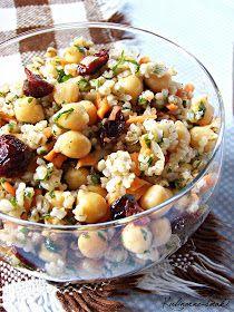 Kulinarne-smaki.blogspot.com: Marokańska sałatka z ciecierzycą i kaszą jaglaną Tasty Vegetarian Recipes, Healthy Salad Recipes, Diet Recipes, Cooking Recipes, Healthy Cooking, Healthy Eating, Slow Food, I Love Food, Food Hacks