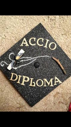 Harry Potter Accio Diploma Degree Cap - Decoration For Home Graduation Cap Images, Funny Graduation Caps, Nursing School Graduation, Graduation Cap Designs, Graduation Cap Decoration, Graduation Diy, Graduation Parties, Graduation Quotes, Grad Hat