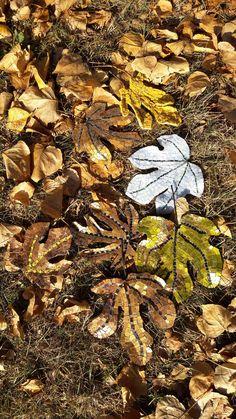 Foglie aureamosaici in oro bronzo smalti argento. Comprate gente Comprate! Pezzi unici e per sempre. Partecipazione a Giardini d'autore primavera 2017 arredamenti arredamento d' interno architettura scultura arredo