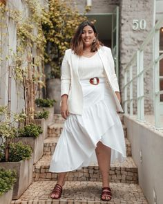 Incredible Tips For Curvy Women To Style Elegantly White Dress Outfit, Casual Dress Outfits, Plus Size Fall Outfit, Plus Size Outfits, Curvy Women Fashion, White Fashion, White Summer Outfits, Plus Size Looks, Plus Size Fashion Tips
