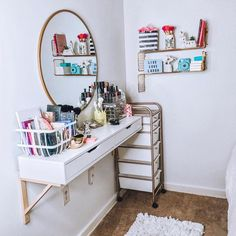 I've been MIA for a good reason. Decided to Re-decorate my favorite spot in my bedroom. And boy let me tell you. It feels… Beauty Room Decor, Teen Room Decor, Room Ideas Bedroom, Home Decor Bedroom, Teen Bedroom Designs, Small Room Design, Aesthetic Room Decor, Dream Rooms, House Rooms