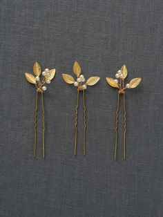 Gold Small Wedding Hair Combs   Gold Wedding Hair Accessories   Gold Leaf Bridal Hair Comb [Adele Hairpin] by DavieandChiyo on Etsy https://www.etsy.com/listing/226084006/gold-small-wedding-hair-combs-gold