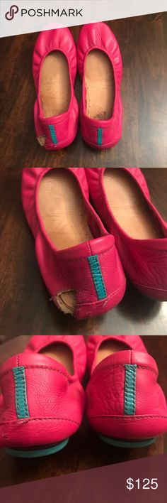 Size 8 fuchsia Tieks READ listing!! My English mastiff got ahold of this pair and gnawed out a huge chunk of the left heel. Structurally, I feel they're fine otherwise. I have worn since then with long flares or maxis, but I figure someone else can rehab them. Comes with box and bag. No flower. Slight sole darkening, no scuffs or other flaws to note. Tieks Shoes Flats & Loafers