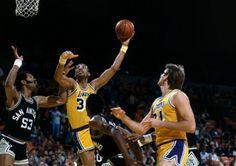 LEYENDA : las 10 mejores jugadas de Kareem Abdul Jabbar para celebrar su 67 cumpleaños #baloncesto #basket #basketbol #basquetbol #kiaenzona #equipo #deportes #pasion #competitividad #recuperacion #lucha #esfuerzo #sacrificio #honor #amigos #sentimiento #amor #pelota #cancha #publico #aficion #pasion #vida #estadisticas #basketfem