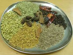 तवा मसाला / भंरवा मसाला – How to Make Tawa Masala powder Goan Recipes, Curry Recipes, Indian Food Recipes, Vegetarian Recipes, Masala Powder Recipe, Masala Recipe, Homemade Spices, Homemade Seasonings, Spice Blends