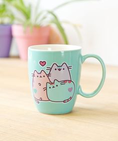 Pusheen X 3 on mug. Kawaii so cute! Gato Pusheen, Pusheen Shop, Pusheen Plush, Pusheen Cute, Pusheen Stuff, Cute Coffee Mugs, Tea Mugs, Coffee Cups, Cat Mug