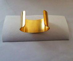shibori jewelry | Step By Step Shibori Cuff Tutorial by Serena Di Mercione Jewelry