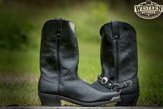 Cowboy Boots, Biker, Shoes, Fashion, Moda, Zapatos, Shoes Outlet, Fashion Styles, Shoe