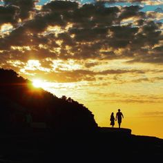 Sunrise love #bondi #bonditobronte by whatsnewbondi http://ift.tt/1KBxVYg