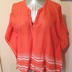 "Poncho type Cover up or top Can be worn as a cover up or top. From seam to seam underarms 47"". From shoulder seam to hem 24 1/2"". Old Navy Tops Tunics"