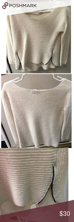 Bar lll | Cream sweater with zipper details Very comfy sweater with zippers on the sides. High low style Bar III Sweaters Crew & Scoop Necks