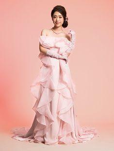 ウエディングドレス、高品質な結婚式ドレスならW by Watabe Wedding / ピンク・エンパイアライン・カラードレス・Leaf for Bride