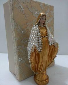 Nossa Senhora das Graças 20cm com caixa R$120, 00 #nossasenhoradasgraças
