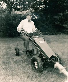 Gravely Walk Behind Tractor, Garden Tractor Attachments, Power Motors, Farm Tools, Lawn Maintenance, Antique Tractors, Motorcycle Engine, Backyard Farming, Four Wheel Drive