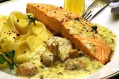 Losos na žampionech recept - Labužník.cz Salmon Recipes, Fish Recipes, Meat Recipes, Snack Recipes, Cooking Recipes, Czech Recipes, Ethnic Recipes, Fish And Meat, Mashed Potatoes