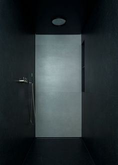 Plafond Douche No.1 | Neils Studio