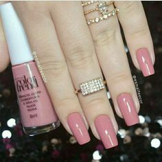30 ideas which nail polish to choose - My Nails White Nails, Pink Nails, Glitter Nails, French Gel, French Tip Nails, Gorgeous Nails, Pretty Nails, Hair And Nails, My Nails