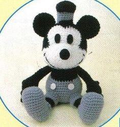 amigurumi pattern crochet mickey pdf pattern von YourPatternShop