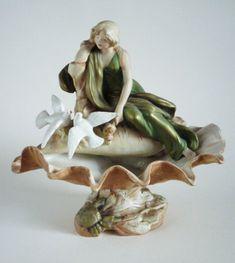 Royal Dux Art Nouveau 'Maiden with Doves' Shell Centrepiece c1910