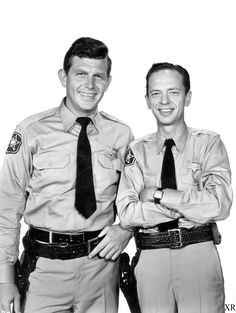 The Andy Griffith Show - Don Knotts as Deputy Barney Fife and Andy Griffith as Sherrif Andy Taylor. Barney Fife, Don Knotts, Tv Icon, The Andy Griffith Show, The Lone Ranger, Old Shows, Vintage Tv, Vintage Hollywood, Old Tv