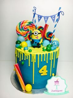 Happy Birthday Z Cake Minion Torte, Cake Minion, Minion Cupcakes, Minion Candy, Novelty Birthday Cakes, Cake Birthday, Birthday Ideas, Happy Birthday, Cumple Toy Story