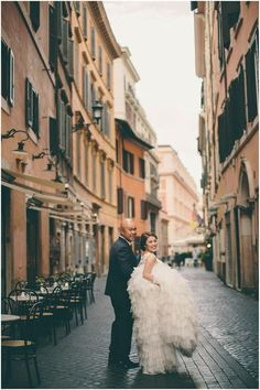 Explore The streets of Rome in your Wedding Gown