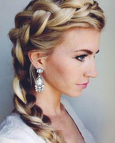 loving @elleapparel's braid & earrings!