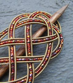 Upcycled guitar strings make a pretty barrette.pic only