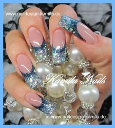 Naildesign by Kamila, Ihr Nagelstudio in Furth im Wald - Coffin nails are fun to experiment with. Take a look at these 69 impressive designs you will definitely want to play around with. Fabulous Nails, Gorgeous Nails, Pretty Nails, Fancy Nails, Bling Nails, Lines On Nails, Manicure E Pedicure, Glitter Nail Art, Blue Glitter