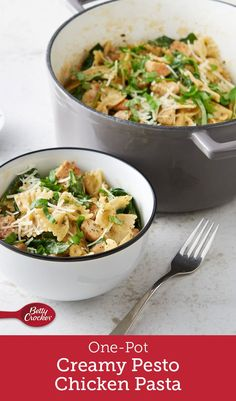 Pesto lovers, this recipe is for you! We loaded this pasta dish with a creamy pesto sauce, fresh spinach and flavor-packed chicken for an easy weeknight meal the whole family will love. Pasta Recipes, Chicken Recipes, Dinner Recipes, Cooking Recipes, Healthy Recipes, Turkey Recipes, Dinner Ideas, Healthy Food, Duck Recipes