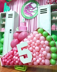 Zombie Birthday Parties, 5th Birthday Party Ideas, 1st Boy Birthday, Birthday Stuff, Zombie Party Decorations, Zombie Apocalypse Party, Zombie Disney, Cheer Party, Balloons