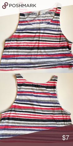 Striped crop top Striped loose fitting crop top | Lightweight material | Great condition | No flaws Forever 21 Tops Crop Tops