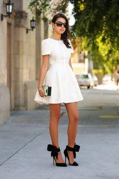 Annabelle Fleur of Fashion Blog Vivaluxury