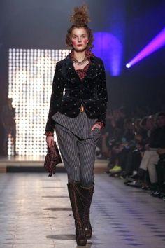 Vivienne Westwood Paris A/W 2014 Gold Label