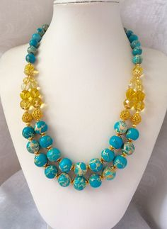 Bead Jewellery, Fashion Jewelry Necklaces, Cute Jewelry, Handmade Necklaces, Pendant Jewelry, Beaded Jewelry, Short Necklace, Diy Necklace, Bijoux Design