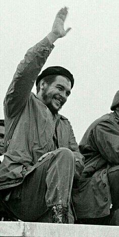 Che Guevara Quotes, Che Guevara Images, Power Trip, Flower Girl Hairstyles, Loose Hairstyles, Robert Kennedy, Motion Design, Pop Art Bilder, Havana