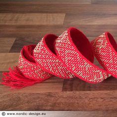 Brickvävt band / Tablet weaving  – Birka B6, brokad röd