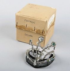 Margot Fonteyn's  tiara. Beautiful!