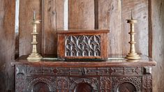 Late Gothic walnut box of high quality, the front carved with tracery and each side … Medieval Furniture, Gothic Furniture, Antique Furniture, Wood Work, Woodworking, Ivory, Carving, Antiques, Box