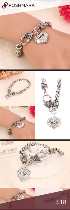 Crystal Rhinestone Heart Love Mom Material: Alloy Pendant size: Approx. 2 x 2 cm  Length: Approx. 20 cm Package included: 1 * Bracelet Jewelry Bracelets