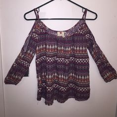 Flowy Off The Shoulder with Sleeves Bohemian Top Cute top with cut out shoulders & sleeves Tops