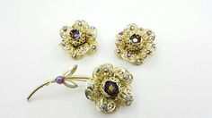 Hey, I found this really awesome Etsy listing at https://www.etsy.com/ca/listing/527108468/sarah-coventry-fashion-flower-brooch-and