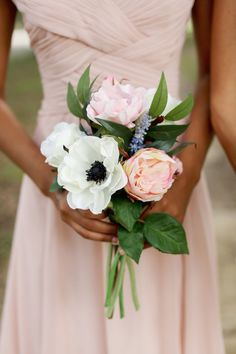 18 Adorable Small Wedding Bouquets for Your Big Day! | Small ...