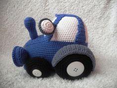 Háčkovaný traktor na přání