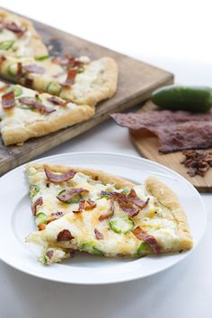 Cream cheese, bacon and jalapeños on top of low carb grain-free pizza crust. It's your favourite appetizer and main dish in one!