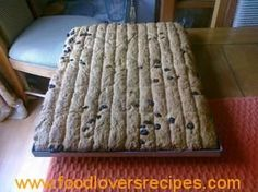 OAT BRAN EN ROSYNTJIE BESKUIT South African Recipes, Bread Bun, Atkins Diet, Sweet Tarts, Recipe Today, Sweet Bread, Merino Wool Blanket, Lovers, Biscotti