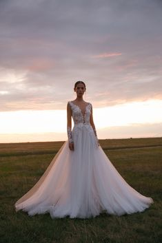 Folk Wedding Dresses- Your Perfect Modern Vintage by Daalarna, Tradition meets modernity, and old meets new in the FOLK bridal collection. Bohemian Wedding Dresses, Bridal Wedding Dresses, Designer Wedding Dresses, Beautiful Gown Designs, Long Sleeve Wedding, Bridal Collection, Marie, Couture, Dress Styles
